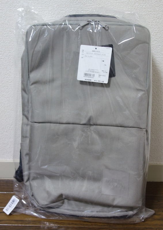 The North Face Shuttle Daypack Slim NM81603を触ってレビュー
